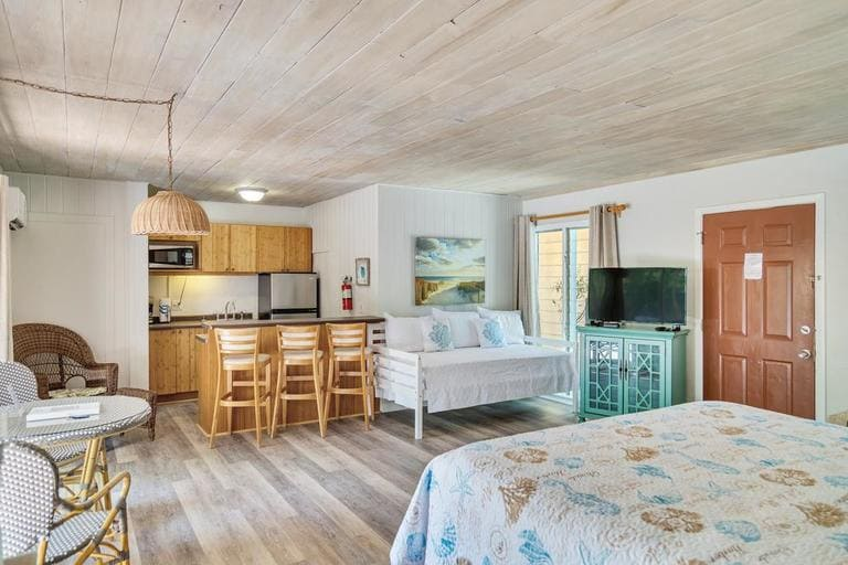 Rooms from Parrott Nest Cottages on Sanibel Island